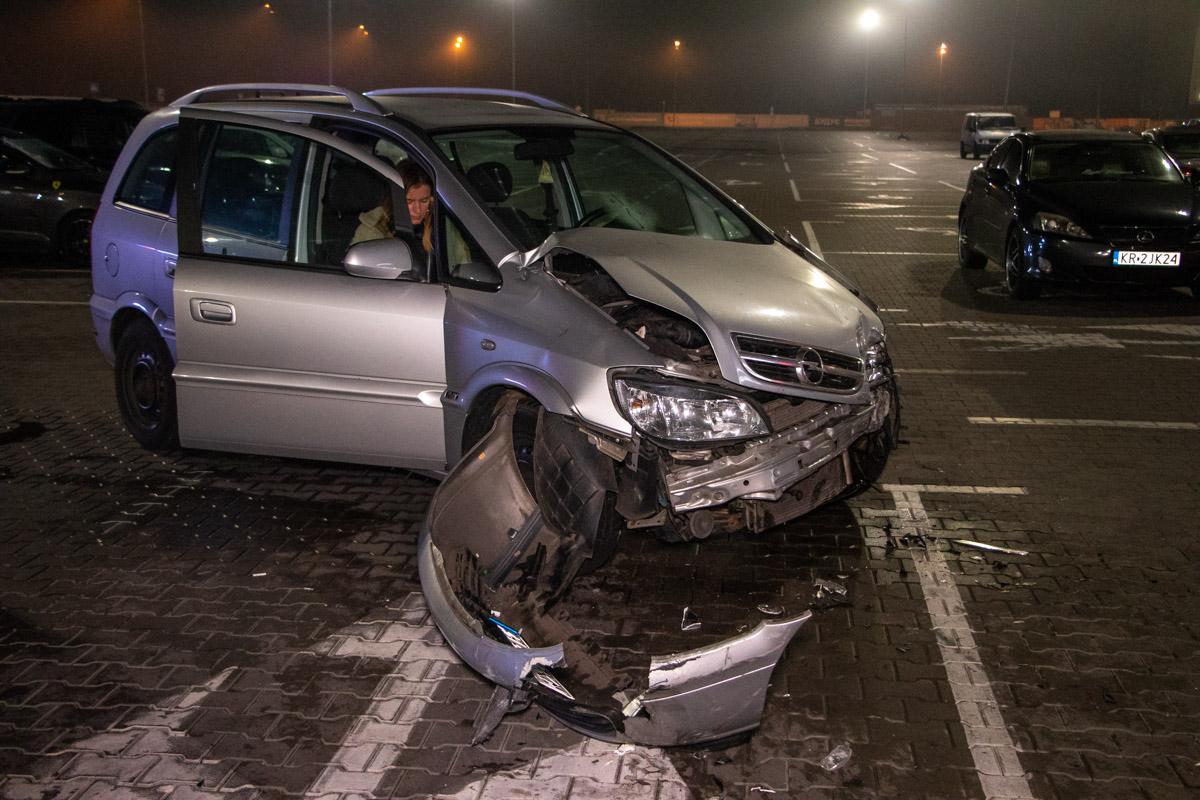 Volkswagen разбил три автомобиля