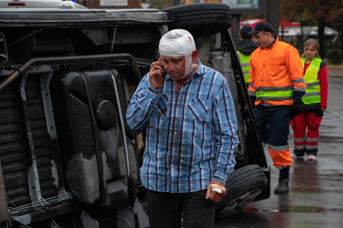 Водитель Trafic не справился с управлением