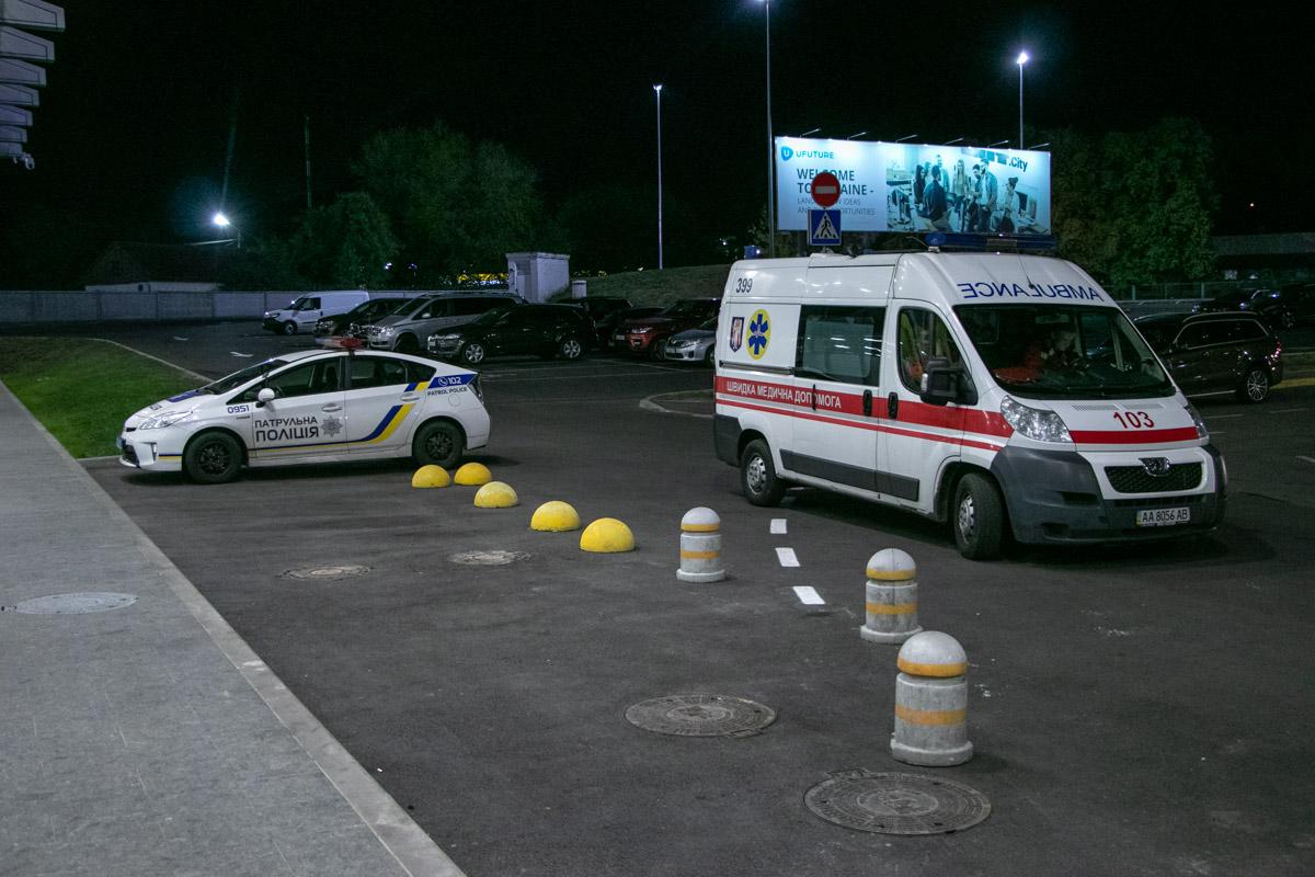 Из аэропорта «Киев» эвакуировали всех пассажиров и персонал