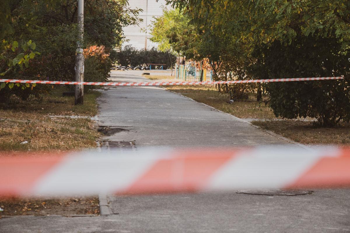 Патрульные оцепили место и вызвали взрывотехников
