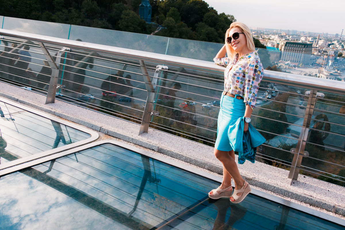"""В середине сентября смотровые стекла на """"мосту Кличко"""" снова открыли для посетителей"""
