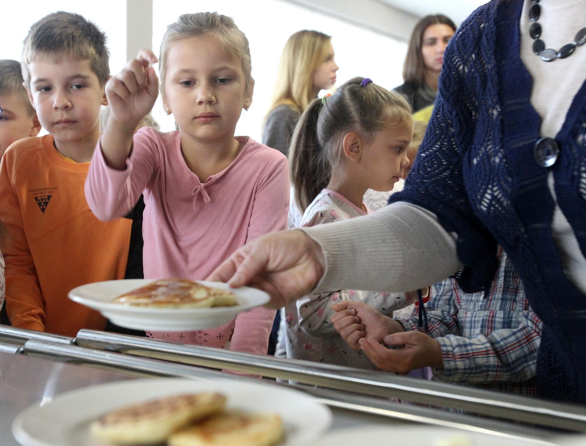 Первыми проверку прошли школы № 255 и 237 в Дарницком районе