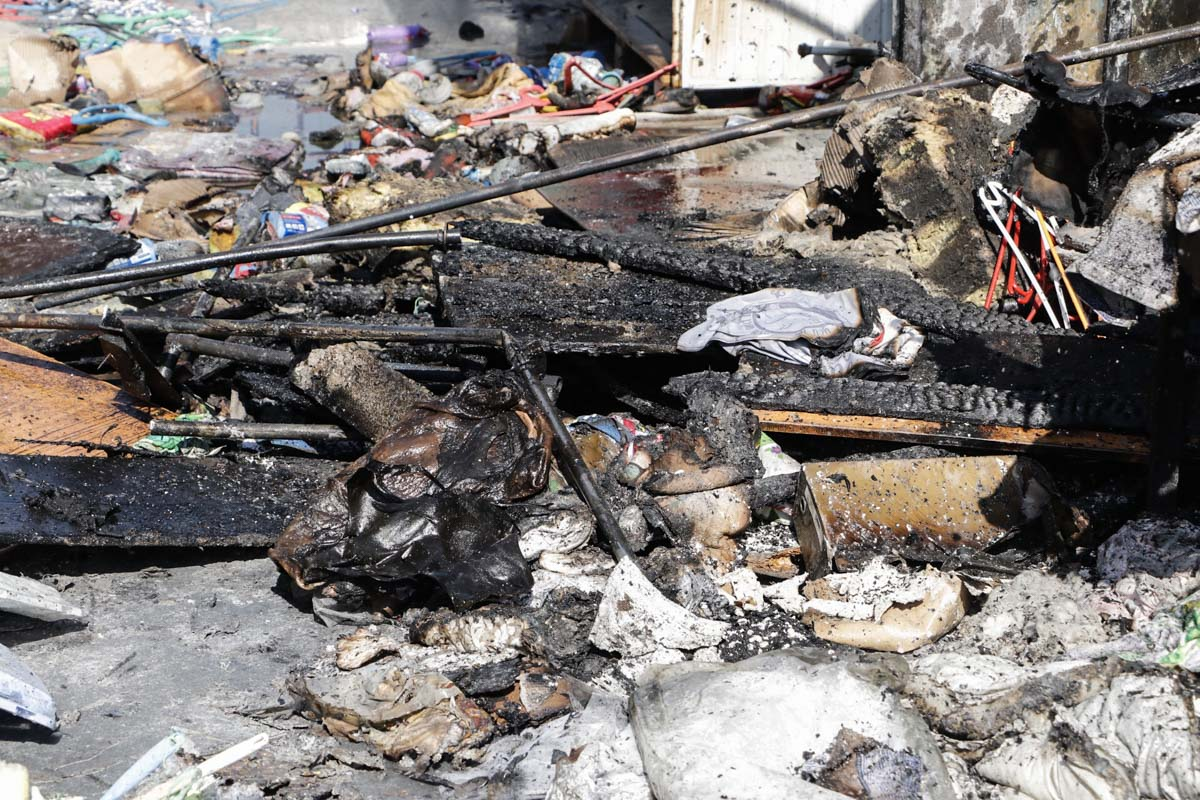 В среду, 11 сентября, в Киеве на рынке «Юность» начался пожар