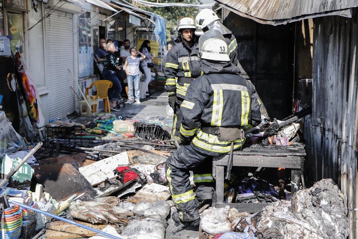На данный момент неизвестно, что именно послужило причиной возникновения пожара
