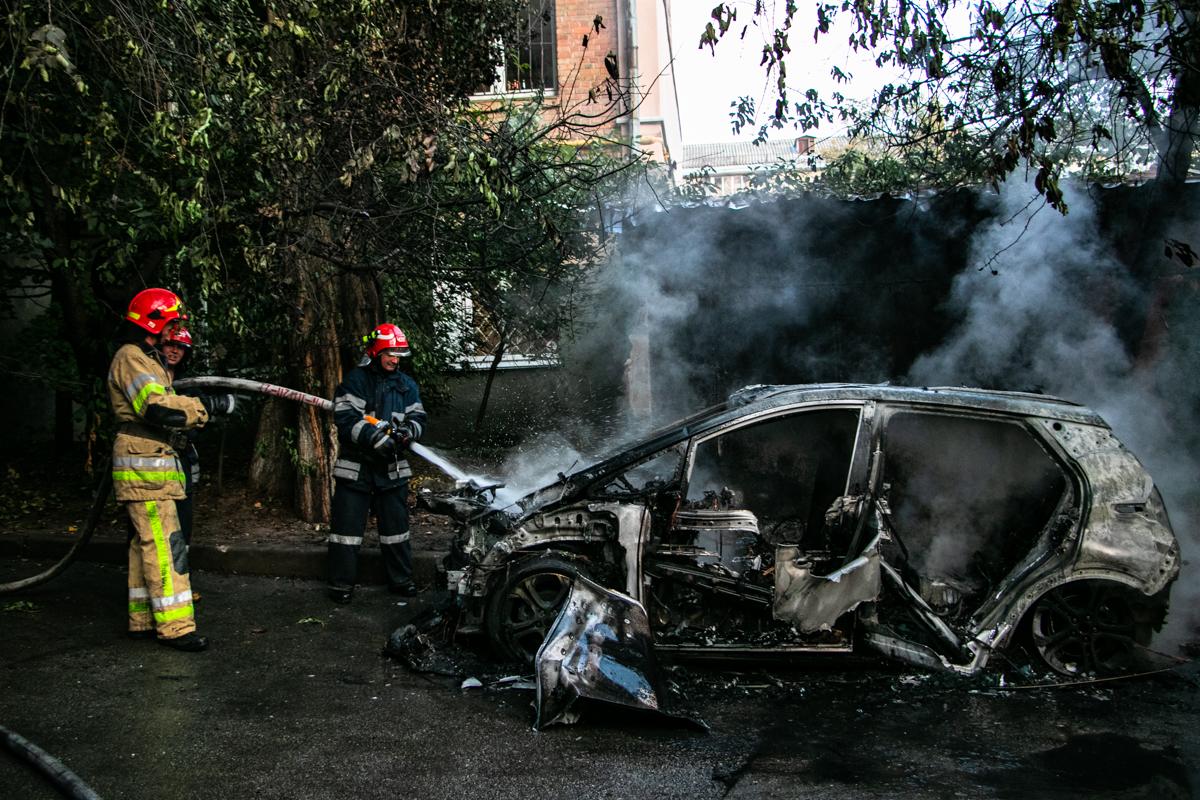 В пятницу, 20 сентября, в Киеве по адресу бульвар Марии Примаченко, 5 произошел пожар