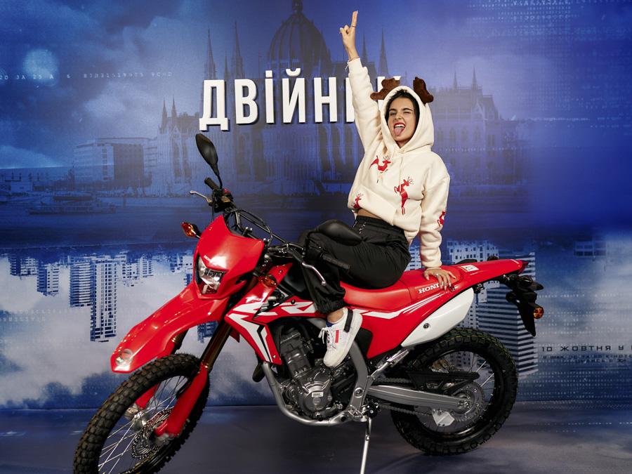 Алена Тинчер