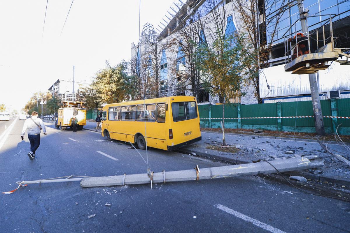 14 октября в Киеве по адресу улица Юрия Ильенко, 3 произошло ДТП с пострадавшими