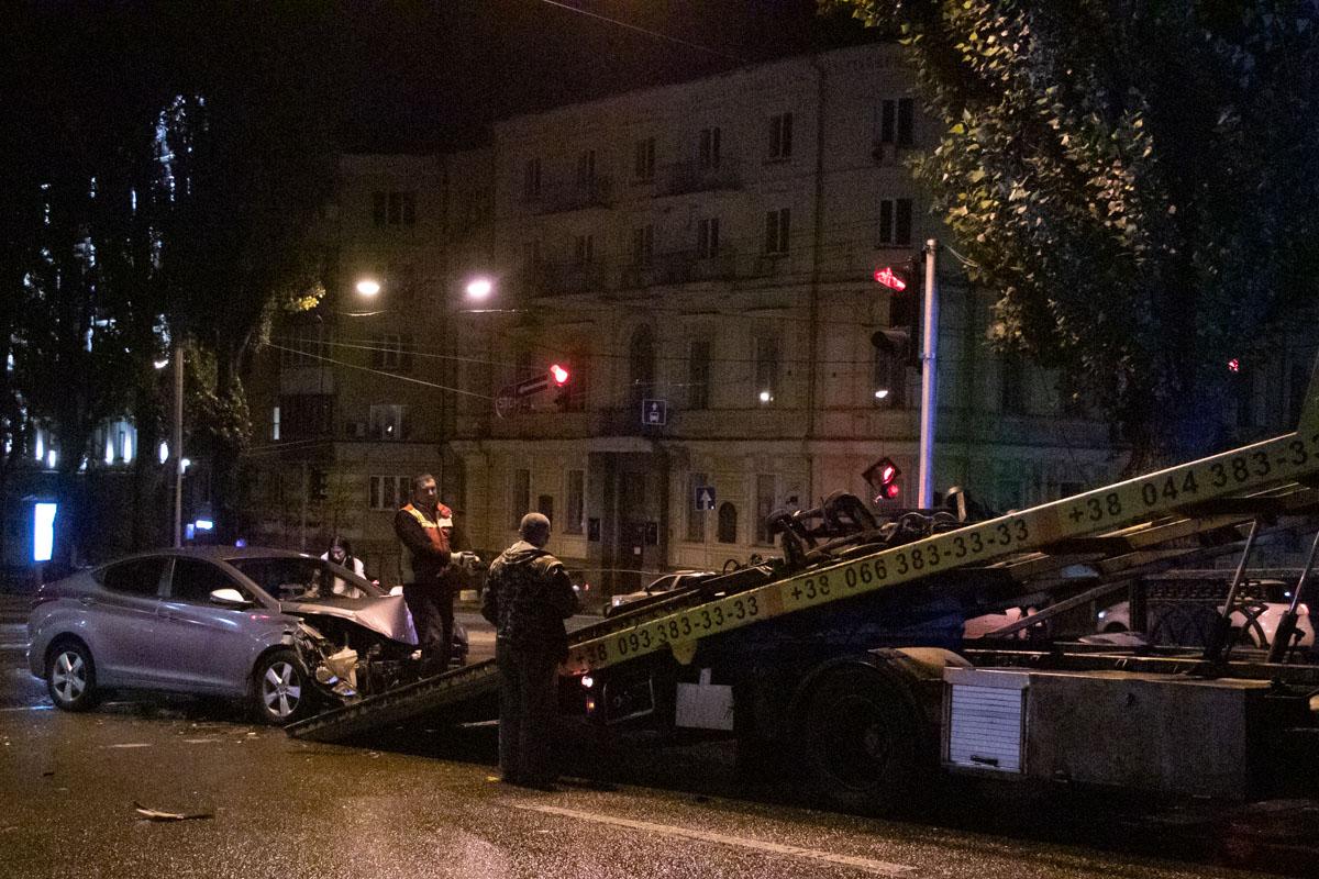 На бульваре Шевченко столкнулись два автомобиля