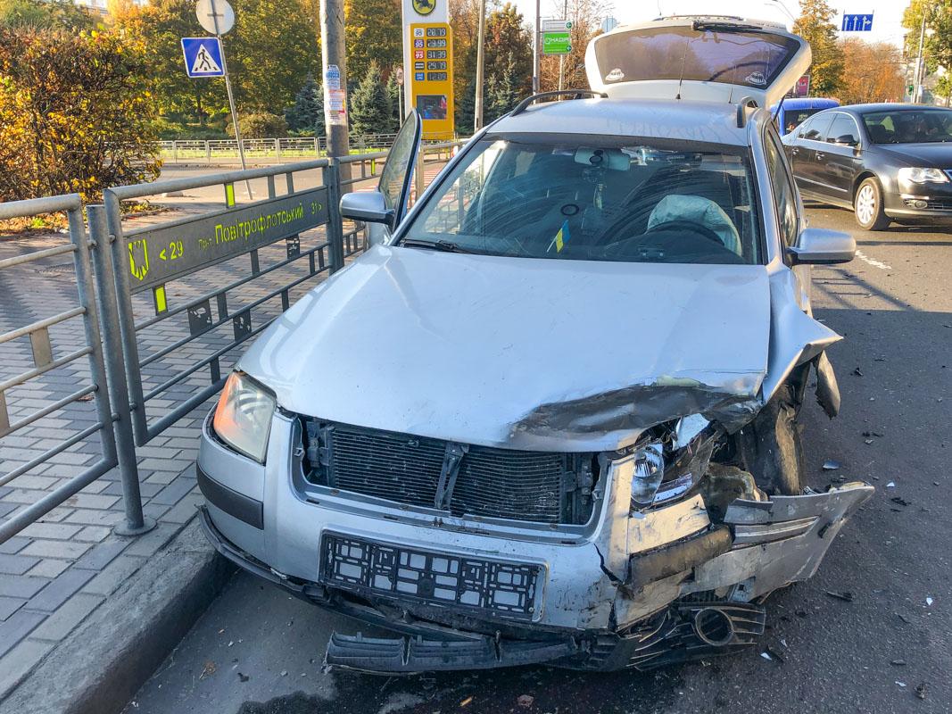 Mazda протаранила такси Uklon