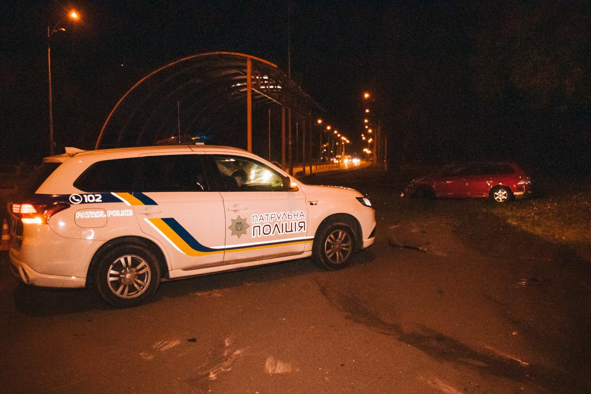 Детали аварии устанавливает полиция