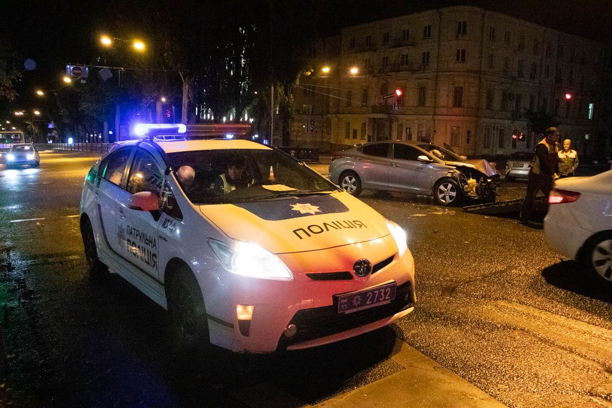 Детали ДТП устанавливает патрульная полиция