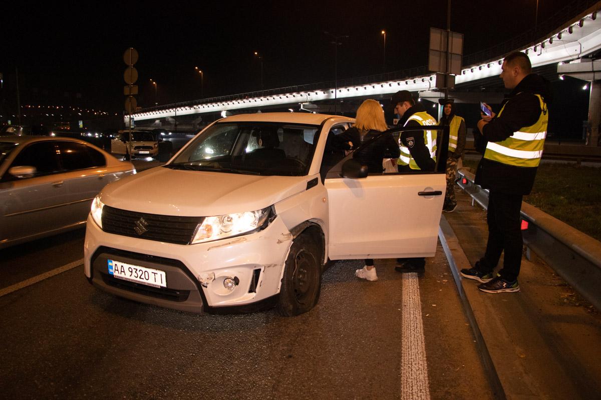 Девушка-водительSuzuki с явными признаками алкогольного опьянениявлетела в отбойник