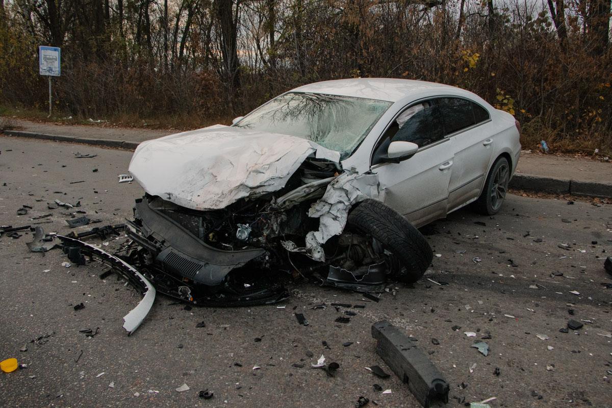 В результате ДТП пострадали два человека