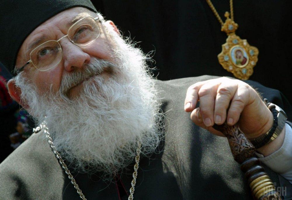 Любомир Гузар - религиозный деятель, долгое время был патриархом УГКЦ