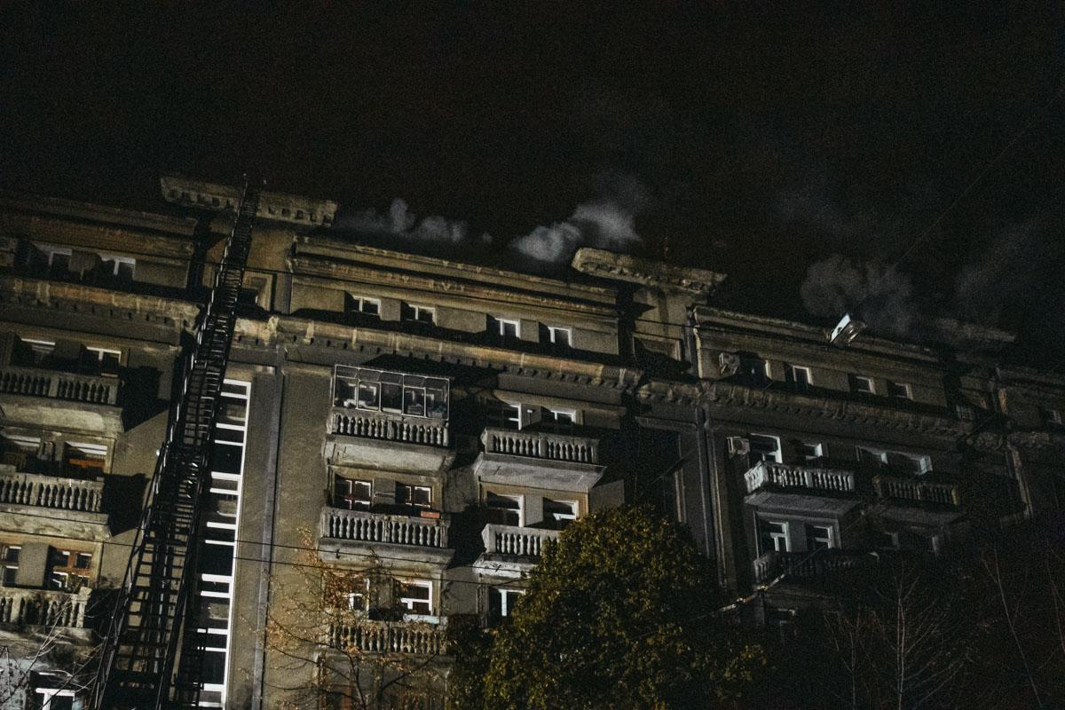 На крышу дома протянули пожарный кран