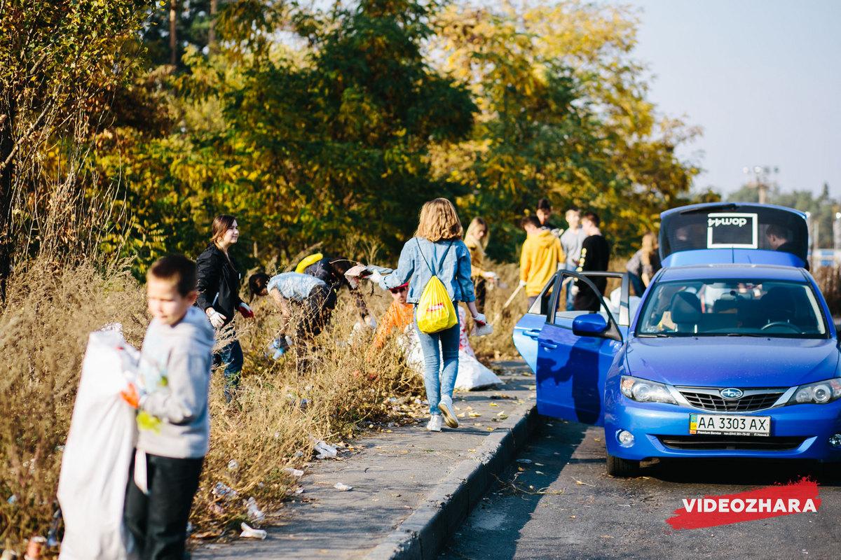 По словам Маши Себовой, ее шокировало количество мусора, которое люди просто бросают после пикников