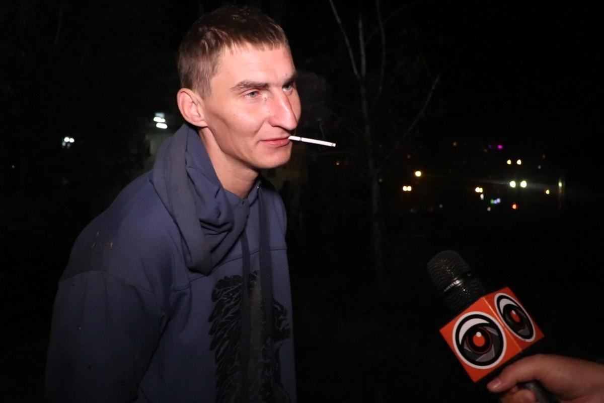 В Днепровском районе Киева по адресу улица Попудренко, 46 задержали мужчину