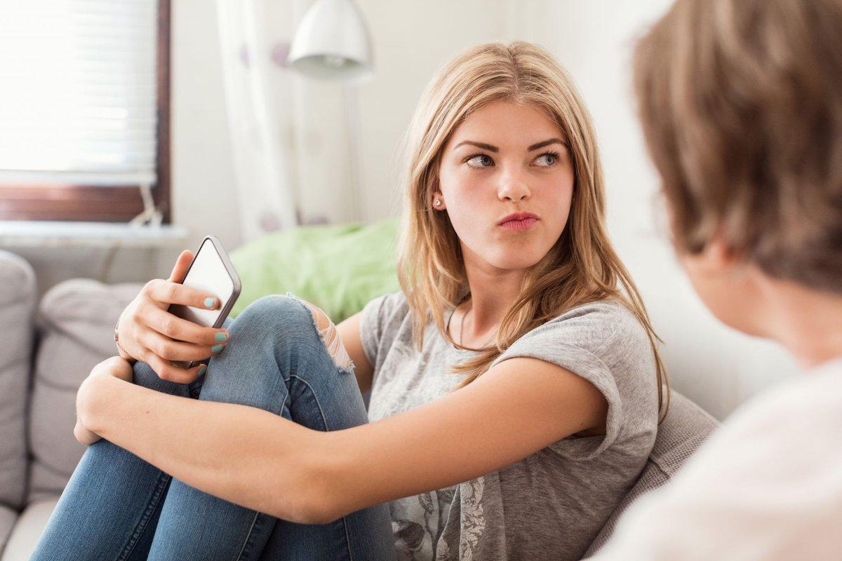 На лекциипсихотерапевта Зарины Давлетшиной вы узнаете о причинах подросткового гнева