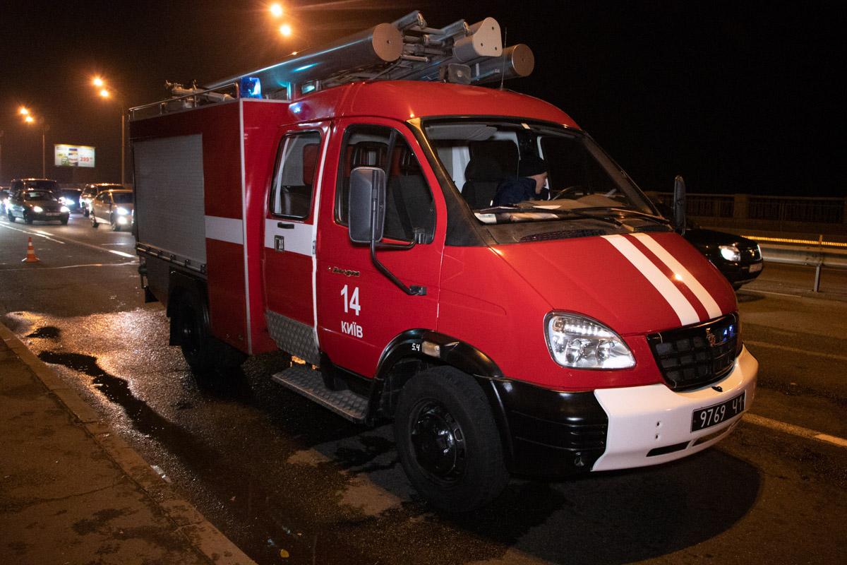 Спасатели ликвидировали разлив горючих материалов