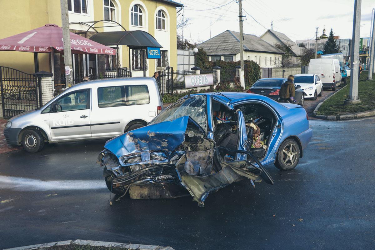Женщина-водитель Lanos скончалась от полученных травм на месте