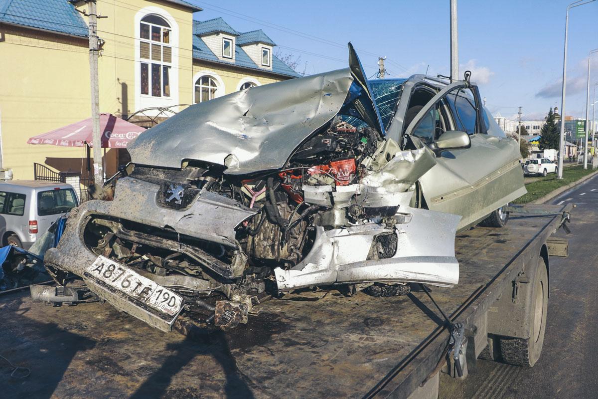 Владельца 308 sw госпитализировали в Броварскую больницу. Его состояние не комментировали