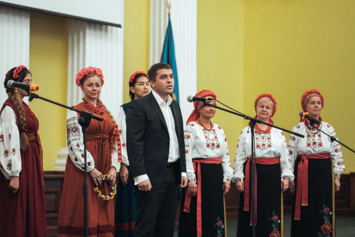 Дмитро Загуменний зазначив, що в Києві діє концепція розвитку української писемності, мови, культури, національної пам'яті,
