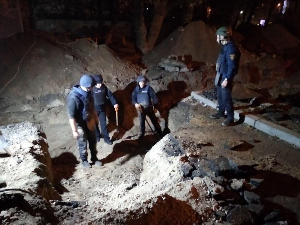 Спасателям сообщили о боеприпасах 8 ноября, их обнаружили во время работ недалеко от Шулявского моста