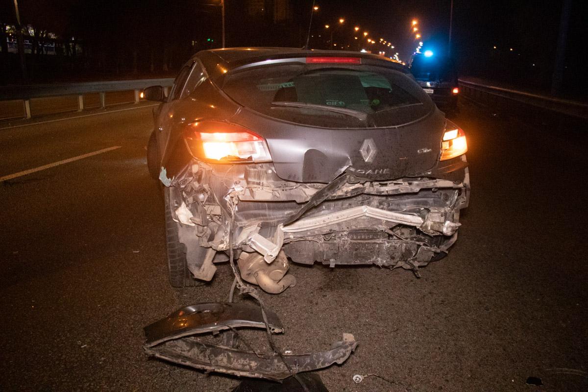 В субботу, 2 ноября, в Киеве на Брест-Литовском шоссе произошло две аварии с участием шести машин