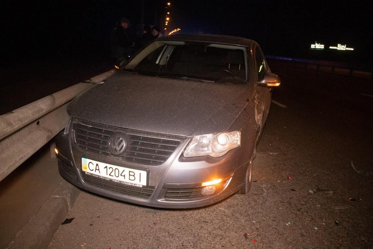 Прошло еще некоторое время и проезжая мимо этой аварии из четырех машин столкнулисьVolkswagen и еще однаRenault