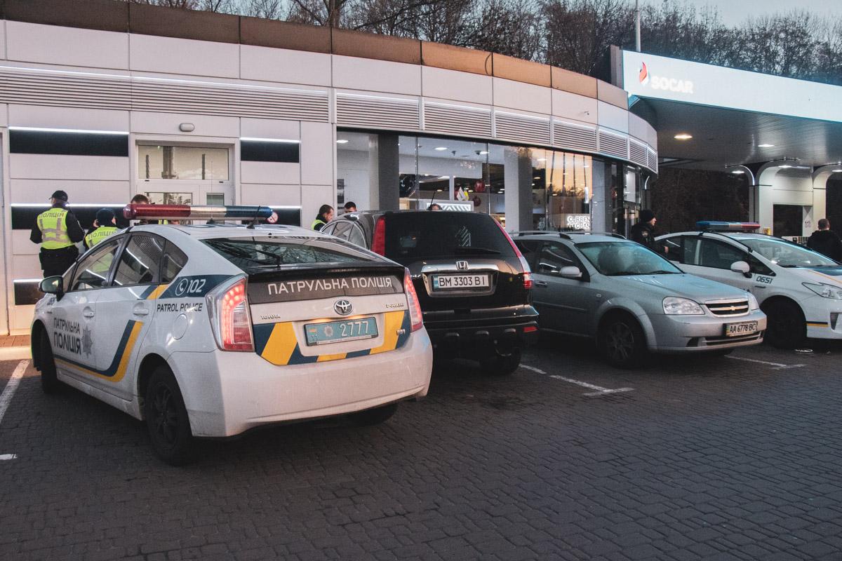 Виновника ДТП задержали на парковке АЗС