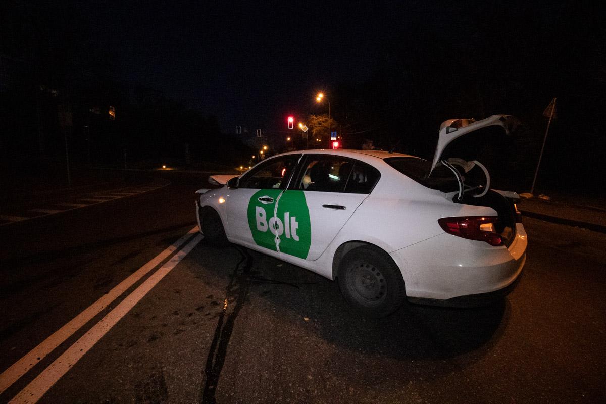 Авария случилась на Парковой дороге
