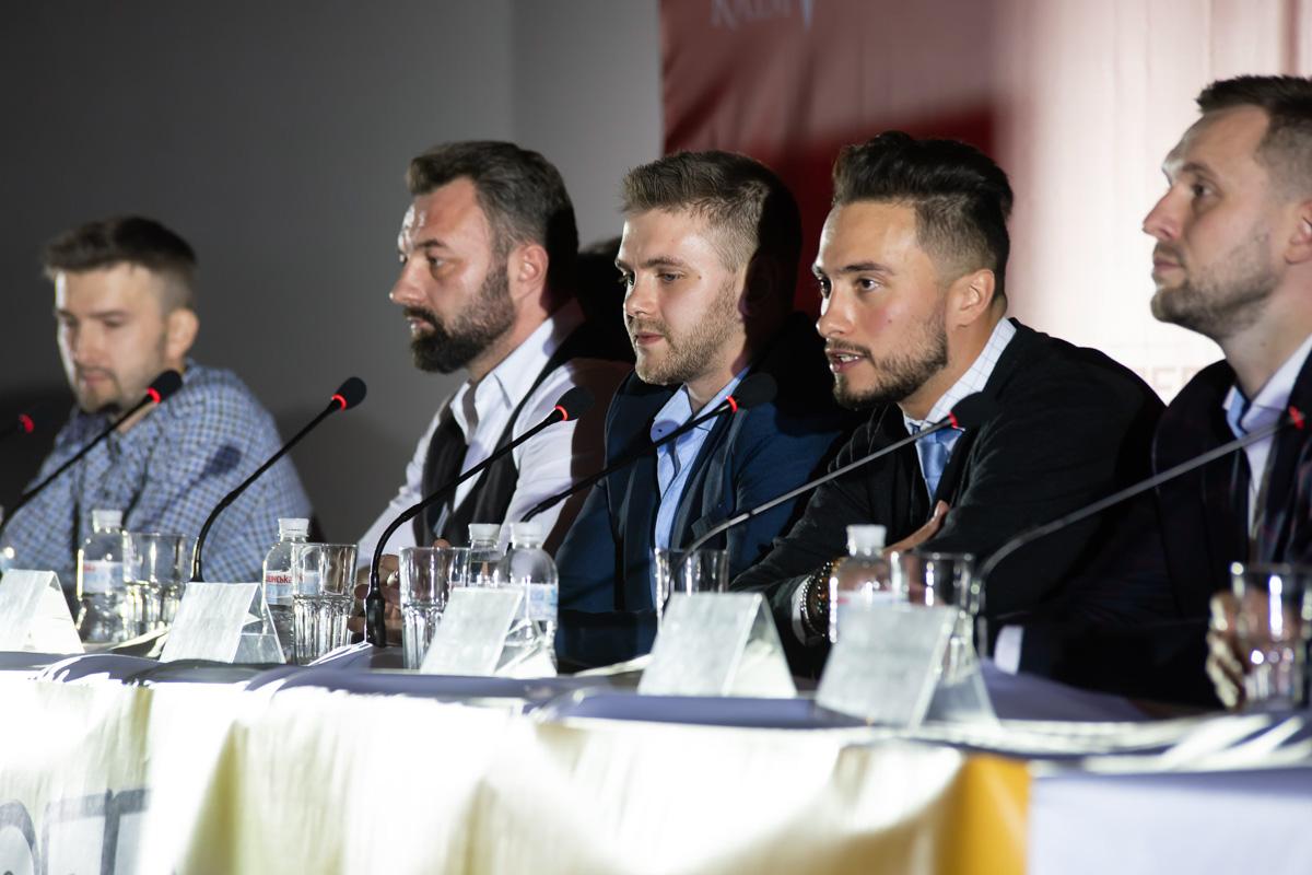 """После просмотра """"Отеля Эдельвейс"""" прошла пресс-конференция не только с актерами фильма, но и продюсером, сценаристом, композитором и режиссером"""
