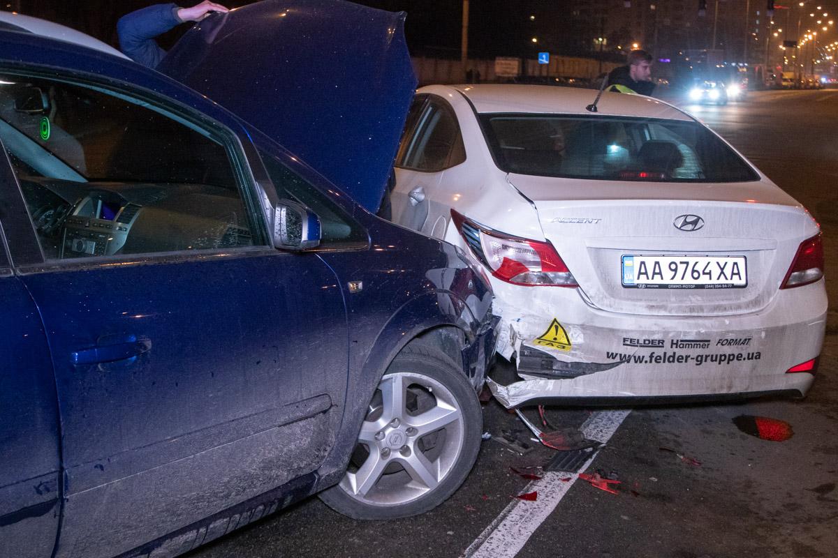 Hyundai отбросило в Opel