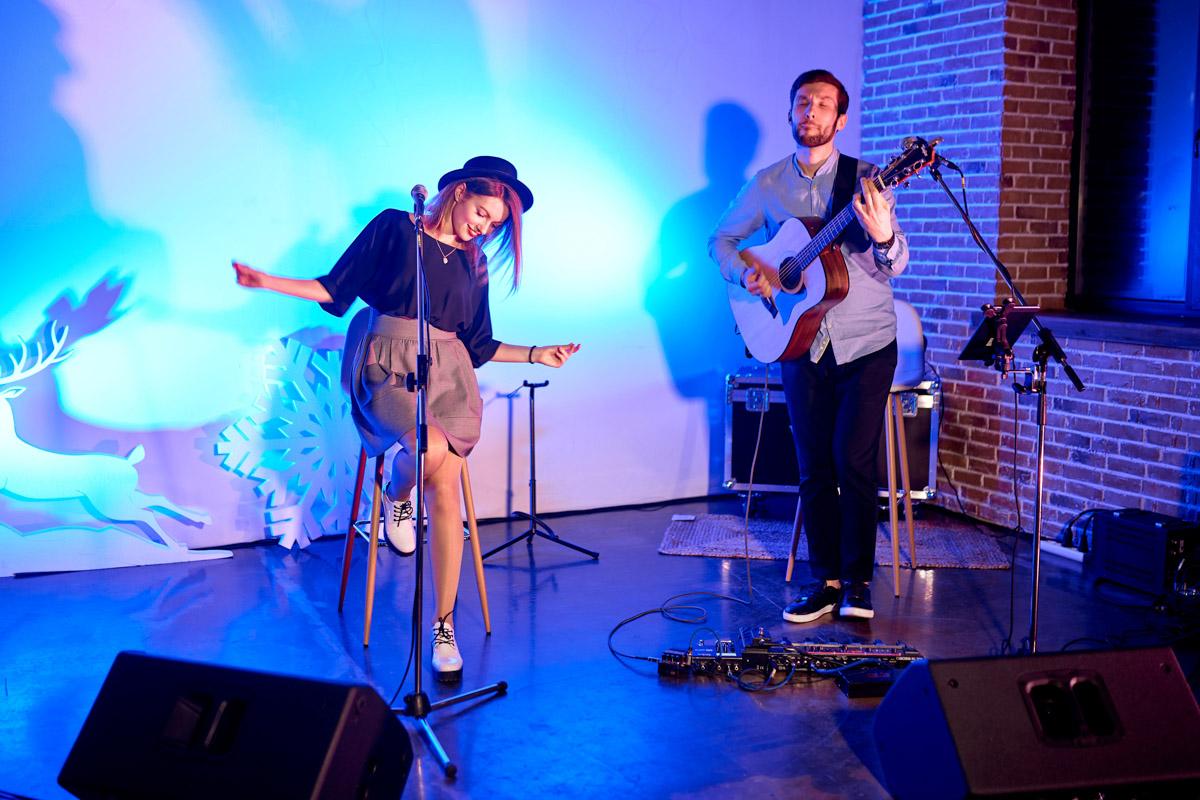 За музыкальное настроение в стиле лаунж отвечала группа W.A.Y.S band