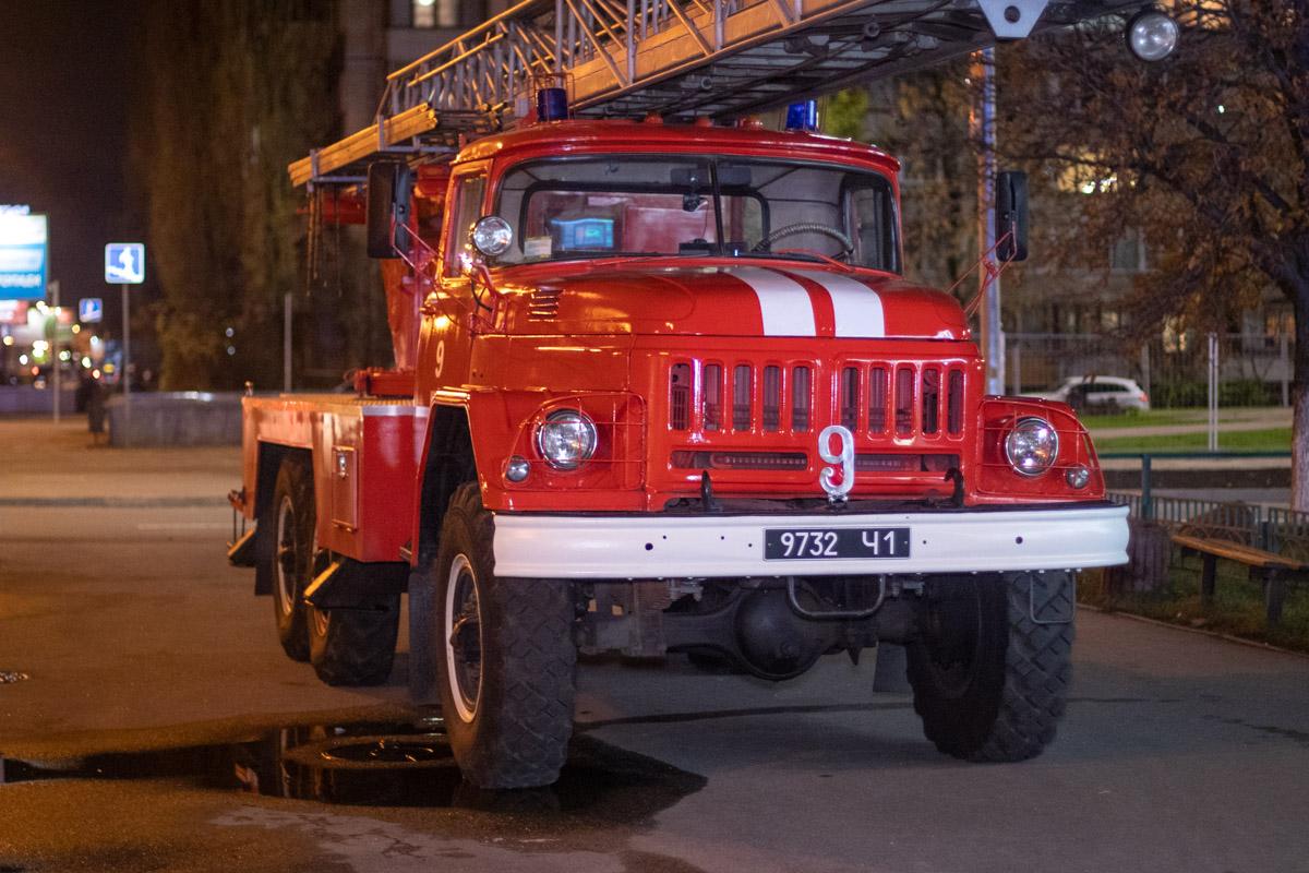 Пожарным удалось оперативно потушить пожар и не дать огню распространиться