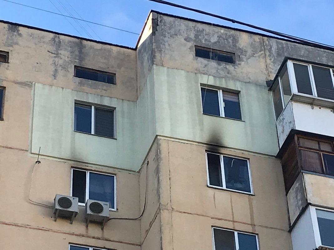 В Киеве по адресу улица Героев Днепра, 32а произошел пожар