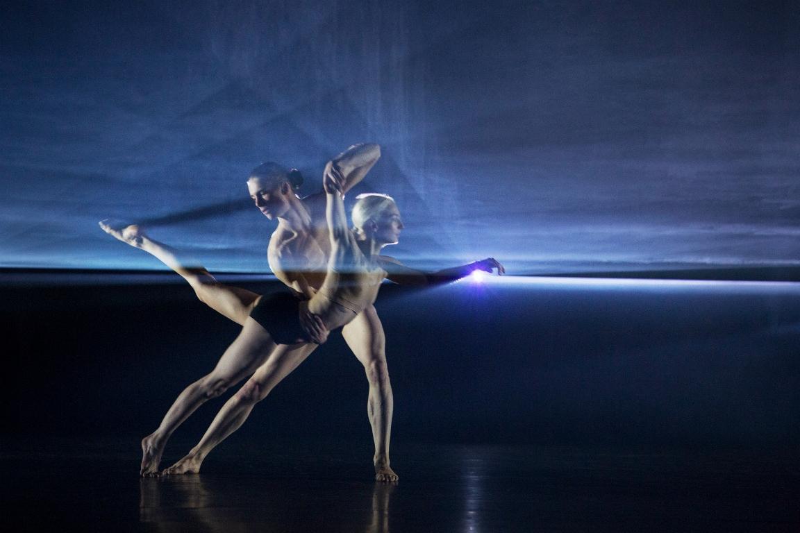 """В Киев МакГрегор привезет свое творение под названием """"Автобиография"""" -это балетный спектакль, абстрактное размышление о жизни и творчестве вне времени."""