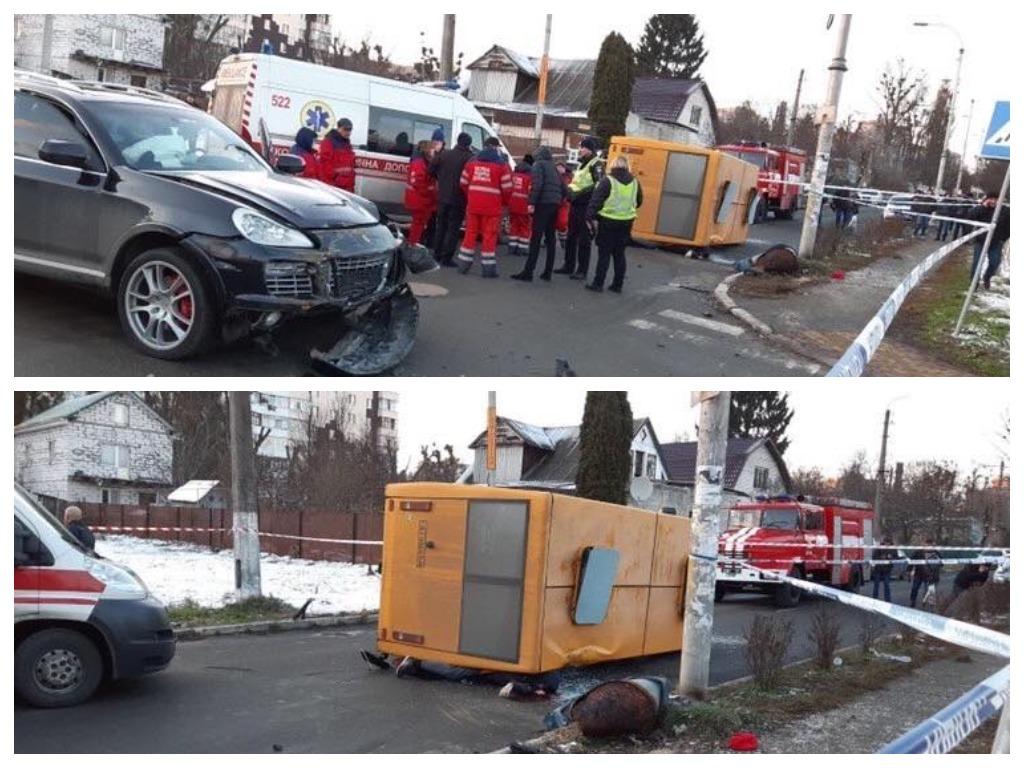 После столкновения с внедорожником микроавтобус раздавил выпавших пассажиров