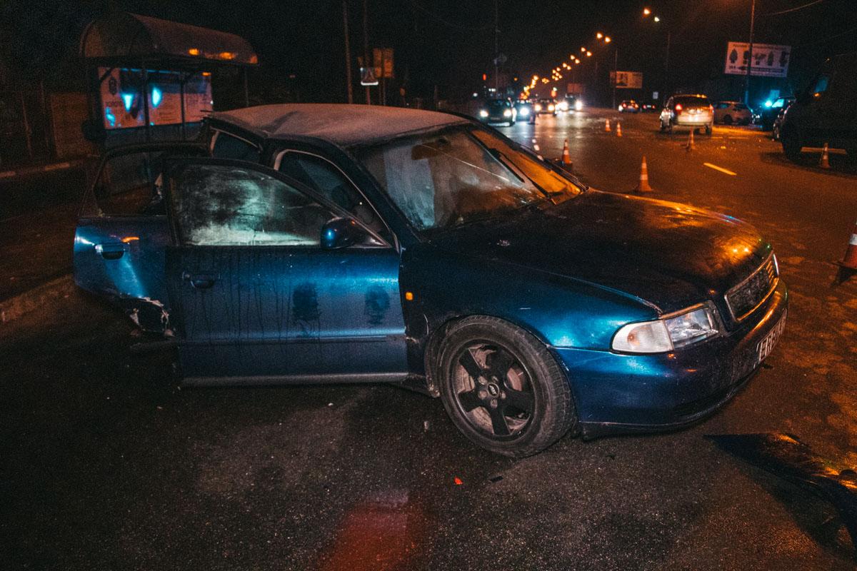Основной удар пришелся в Audi, когда автомобиль начал движение со светофора