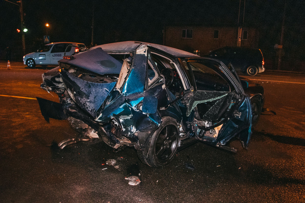 Водитель и пассажирка Audi в тяжелом состоянии госпитализированы