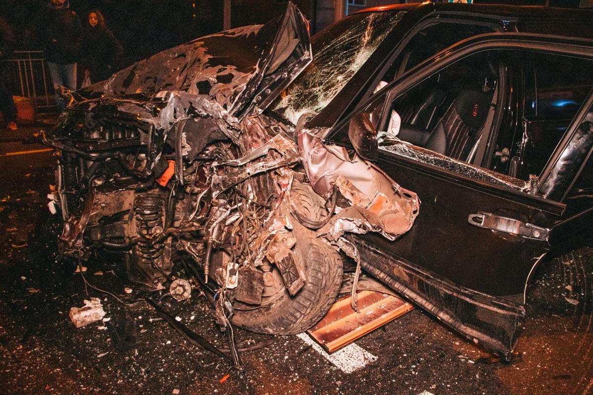 Виновника ДТП и причины аварии устанавливает полиция