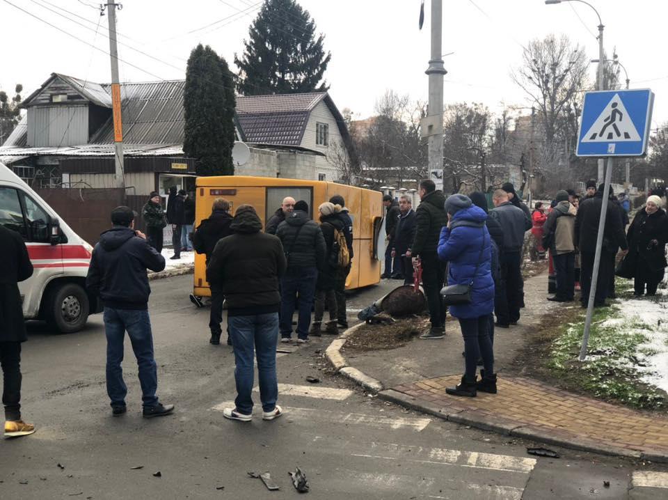 Под Киевом в ДТП погибли два человека