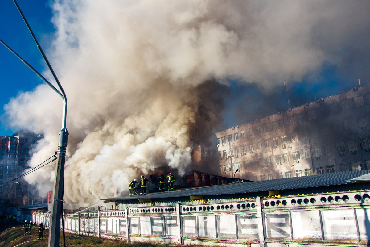 Подробности и причину пожара будет выяснять следствие