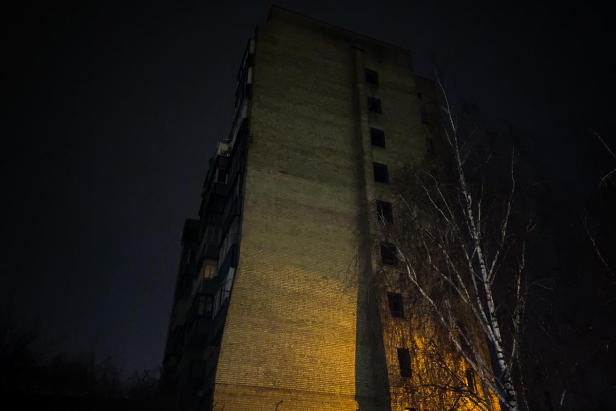 В ночь на 14 декабря в Киеве на проспекте Валерия Лобановского произошел жуткий инцидент