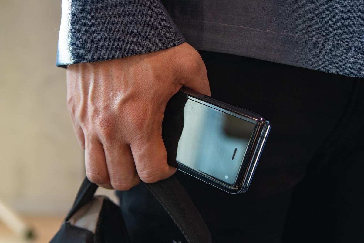 Компактный смартфон и планшет - два в одном