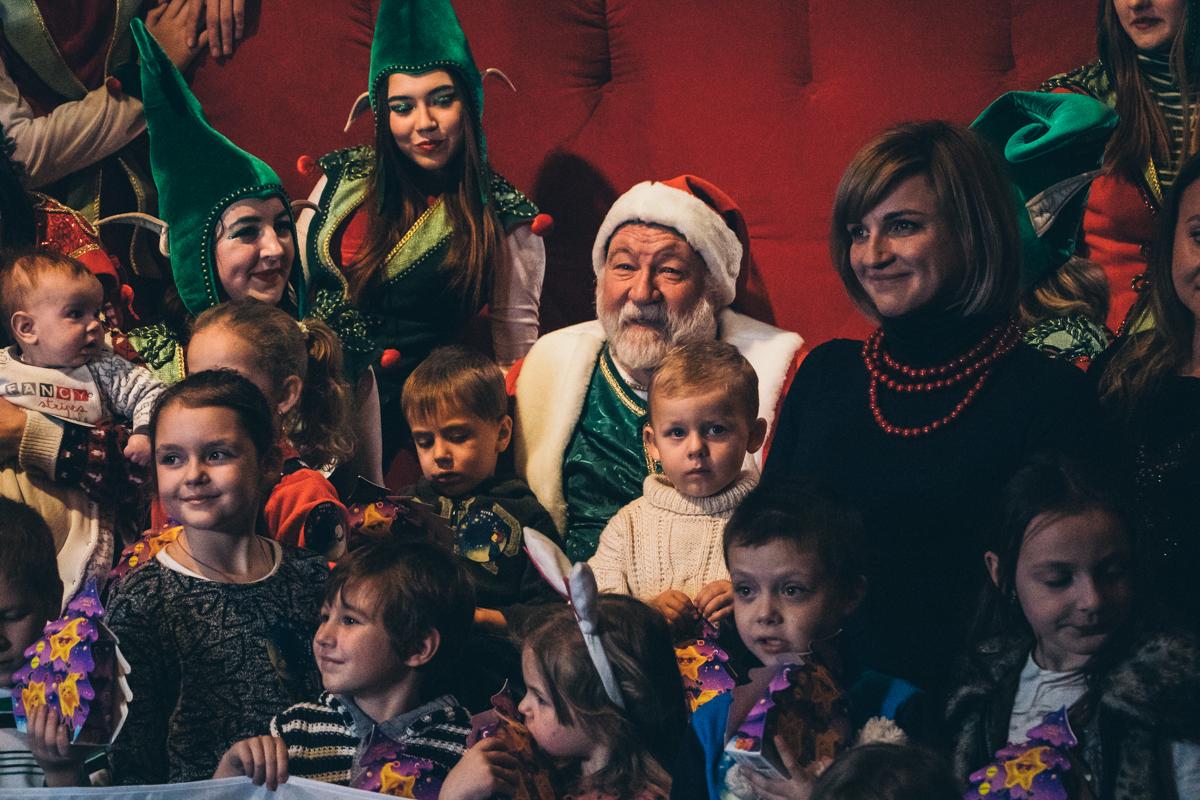 Здесь дети могут попасть в самую настоящую резиденцию Деда Мороза