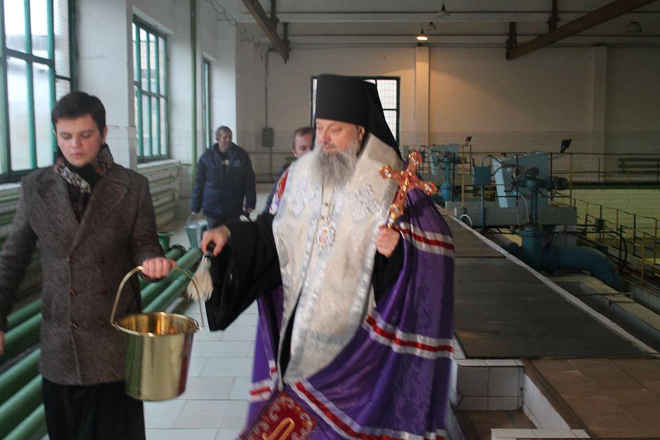В преддверии Крещения в Киеве из кранов 75% домов потекла святая вода