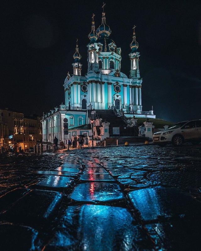 Все оттенки синего в фотографии @ihor.goncharenko