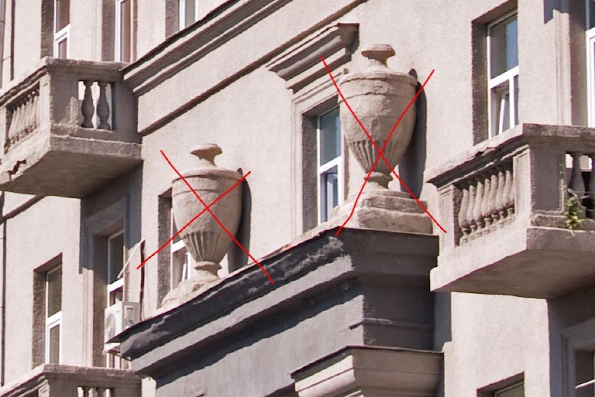 Вазы, которые пропали в доме № 40 на улице Шелковичная