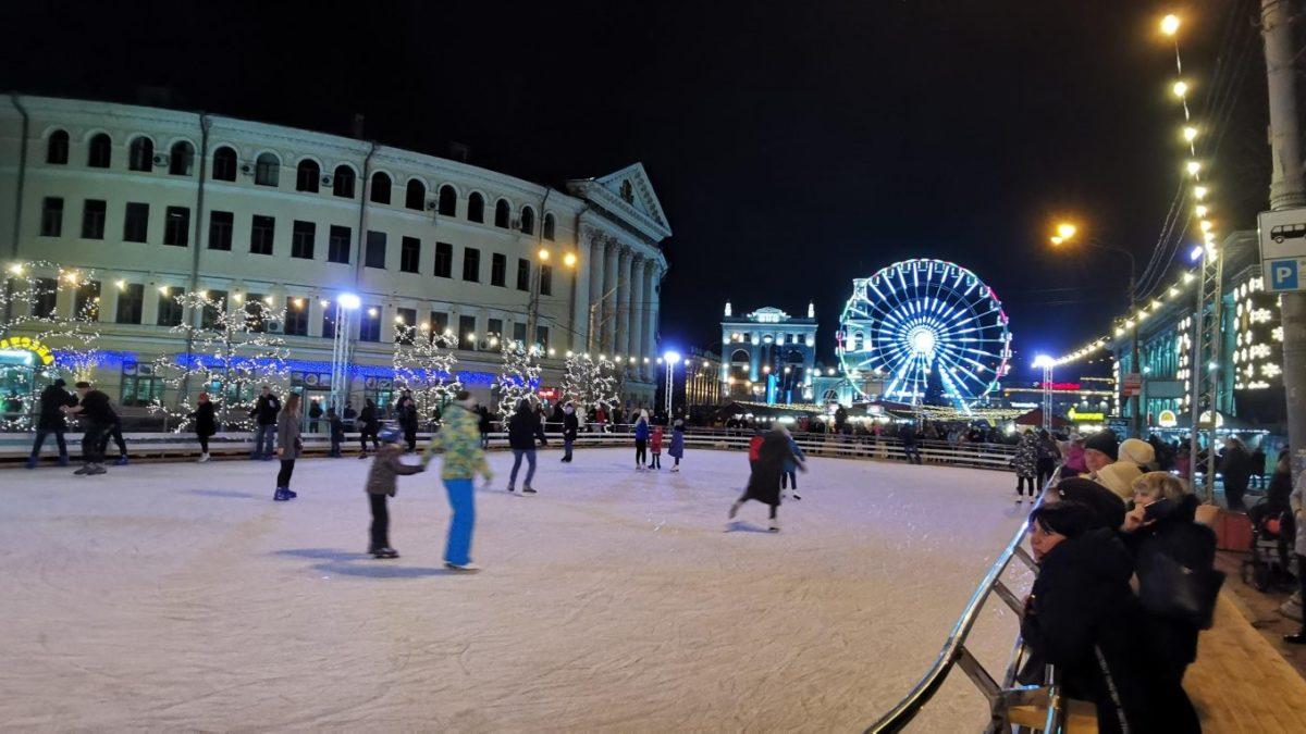 Контрактовая площадь уже не первый год дарит жителям Киева сказку